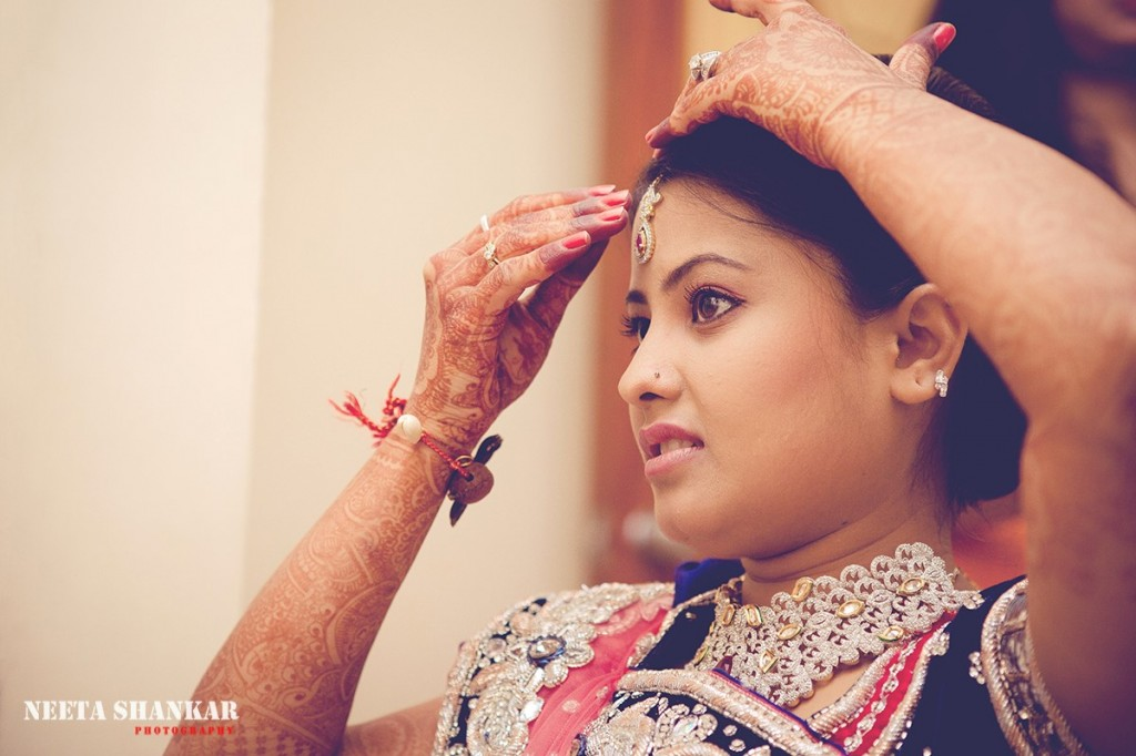 Dheeraj-Ankita-Candid-Wedding-Photography-Ashirwad-Kalyan-Mantap-Bangalore-India-Neeta-Shankar-Photography_1