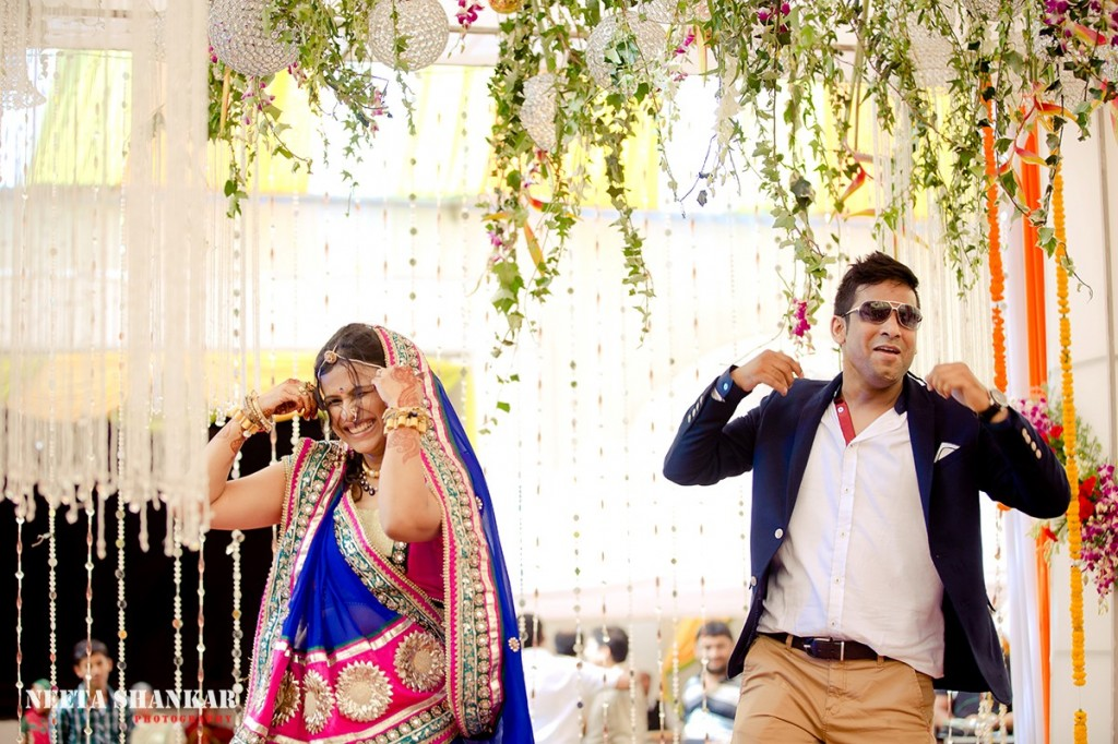 Dheeraj-Ankita-Candid-Wedding-Photography-Ashirwad-Kalyan-Mantap-Bangalore-India-Neeta-Shankar-Photography_38