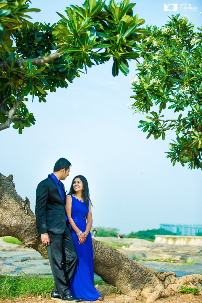 Neeta-Shankar-Photography-Lalbagh-Couple-Pre-Wedding-Shoot-Bangalore