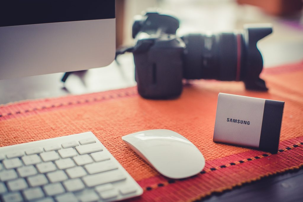 Neeta-Shankar-Photography-Equipment-Gear-Reviews-Samsung-T3-SSD-Solid-State-Drive-Review-Handson-Opinion-Wedding-Photographer