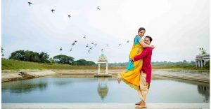 Neeta-Shankar-Photography-Pre-Wedding-Shoot-Belur-Farm-House-Temple-Ethinc-Traditional-Theme