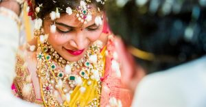Neeta-Shankar-Telugu-Wedding-Hyderabad-Candid-Photography-Top-Venue-Talambralu- Jeelakarra-Bellamu